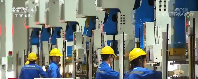 """新闻观察:中国先进制造""""领跑""""工业"""