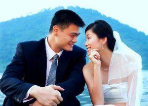姚明与妻子