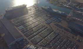 马斯克晒车£º4000辆Model 3停在码头等待上船