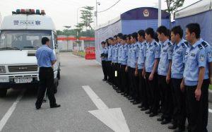 学生安检实训现场