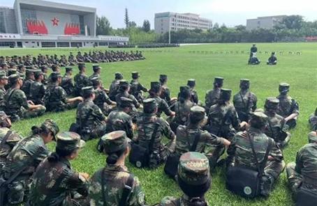 第六届全国学生军事训练营结营
