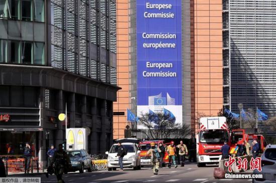 欧盟委员会主席容克将卸任 感慨万千泪洒欧盟峰会