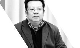 博士学位指导老师撰文怀念李咏:50岁,没有虚度