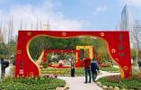 温州市区公园广场年味浓 布置21组景观小品