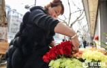 """备战""""三八妇女节"""" 杭州花卉市场香正浓"""