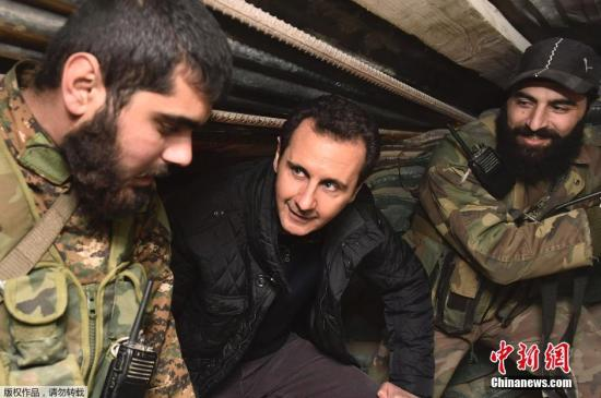 叙利亚总统视察叙西北部前线 誓言夺回全部土地